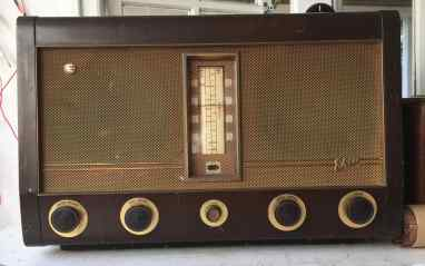 EKCO A182 (UK 1957)