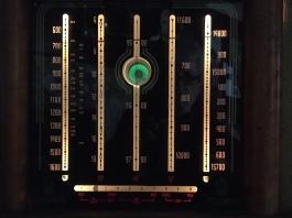 Columbus 91 dial and magic eye